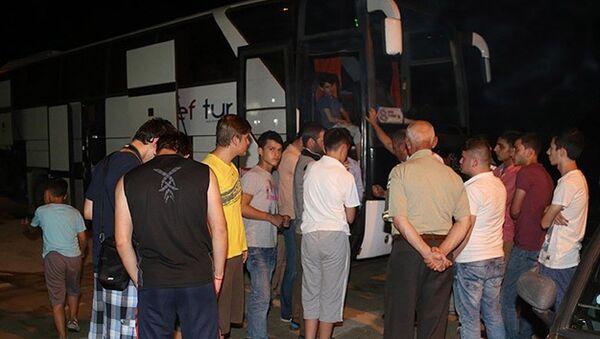 PKK, öğrencileri taşıyan otobüsün yolunu kesti iddiası - Sputnik Türkiye