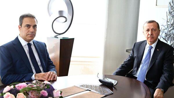 Cumhurbaşkanı Recep Tayyip Erdoğan ve  MİT Müsteşarı Hakan Fidan, Tarabya Köşkü'nde görüştü. - Sputnik Türkiye