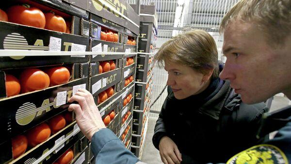 Kaliningrad'da bir sebze pazarı - Sputnik Türkiye