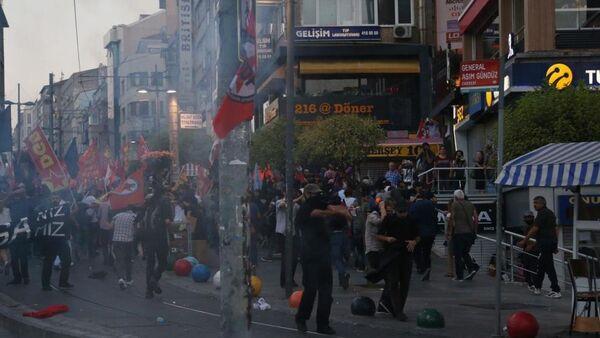 Kadıköy Suruç protestosu - Sputnik Türkiye