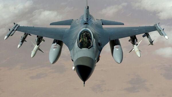 F-16 savaş uçakları  - Sputnik Türkiye