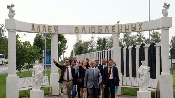 Marmaris Belediye Başkanı Ali Acar ve Marmaris Belediye Meclisi üyelerinden Dzerjinskiy ziyareti. - Sputnik Türkiye