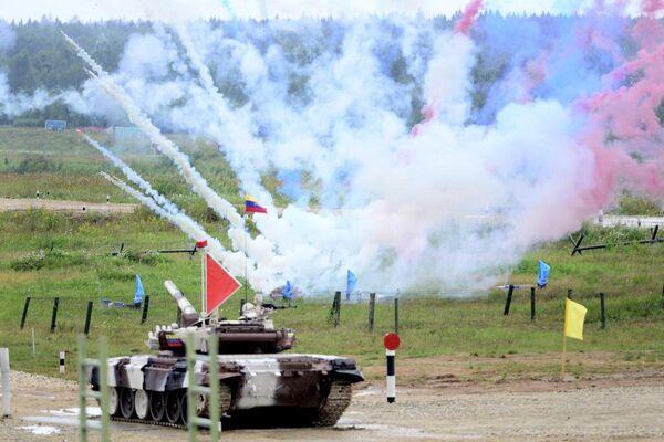 Moskova'da Alabino Bölgesindeki askeri eğitim alanında Uluslararası Ordu oyunları başladı - Sputnik Türkiye