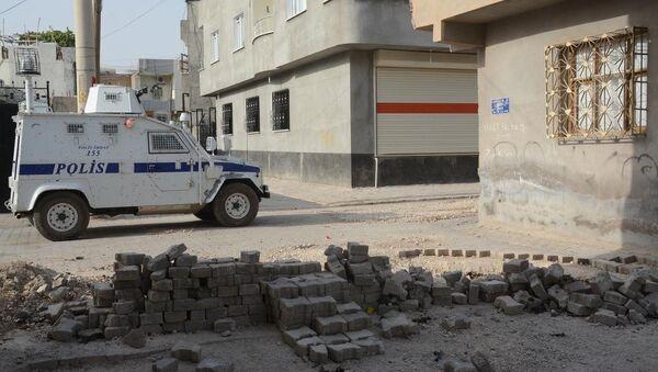 Mardin'de polislere silahlı saldırı - Sputnik Türkiye