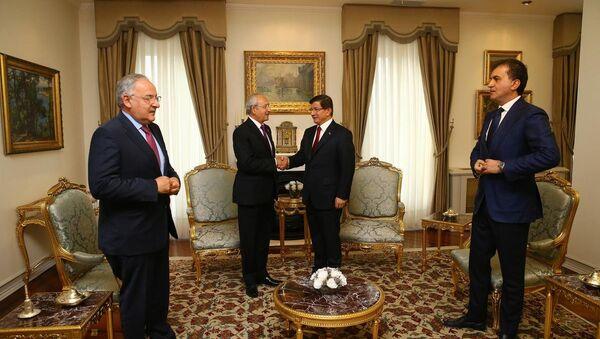 Ahmet Davutoğlu-Kemal Kılıçdaroğlu - Sputnik Türkiye