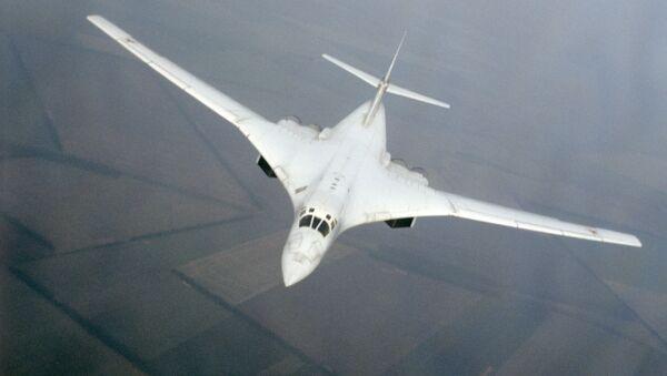 TU-160 tipi bombardıman uçakları - Sputnik Türkiye