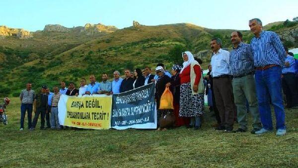 HDP'liler, geçici askeri güvenlik bölgesine çadır kurdu - Sputnik Türkiye