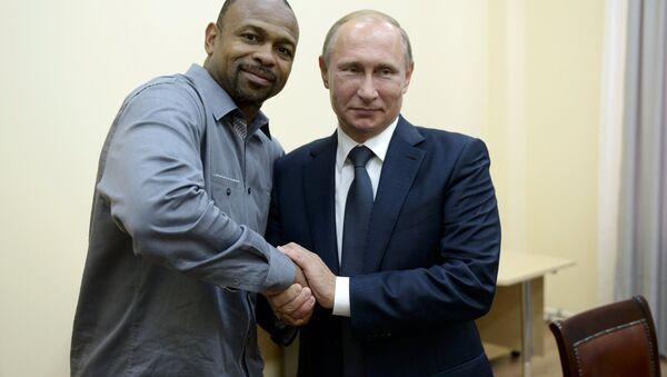 Rusya Devlet Başkanı Vladimir Putin- ABD'li boksör Roy Jones Jr. - Sputnik Türkiye