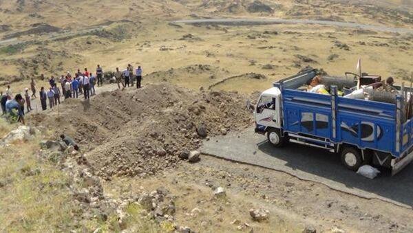 PKK'nın Ağrı Dağı'na götürdüğü otomobillere 'hendekli' önlem - Sputnik Türkiye