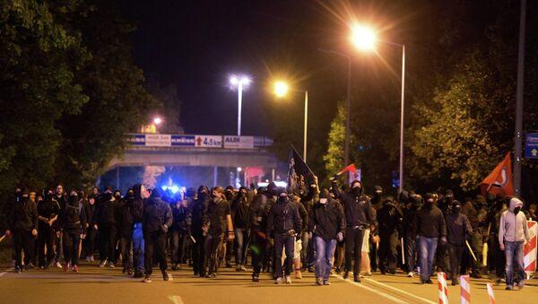 Almanya'da göçmen karşıtı gösteri - Sputnik Türkiye
