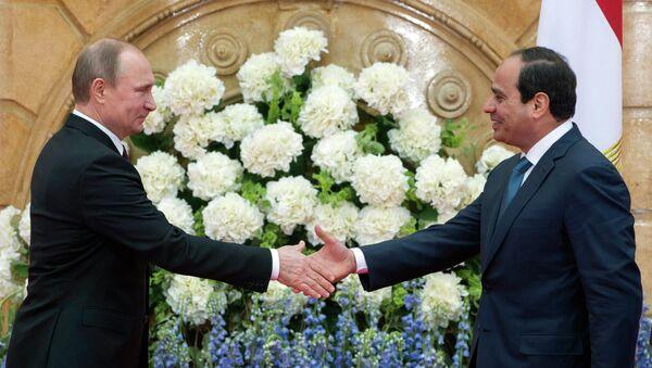 Rusya Devlet Başkanı Vladimir Putin ve Mısır Cumhurbaşkanı Abdülfettah el Sisi - Sputnik Türkiye