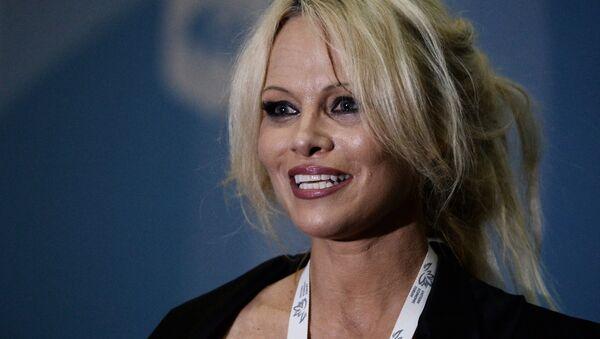 Pamela Anderson - Sputnik Türkiye