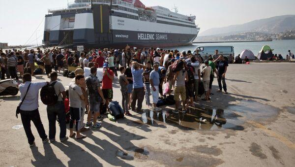 Midilli'de Suriyeli mülteciler - Sputnik Türkiye