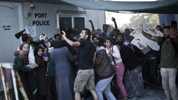 Midilli'deki Afgan göçmenler - Sputnik Türkiye