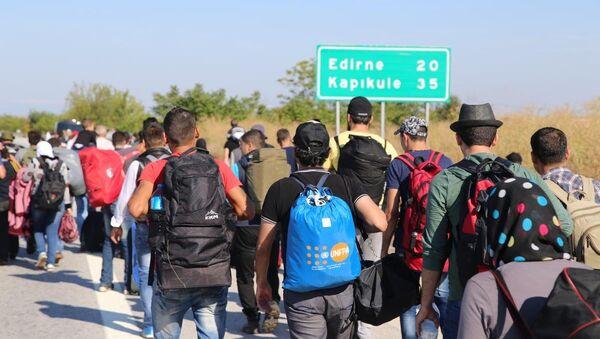 Sığınmacılar Edirne'ye akın etti - Sputnik Türkiye