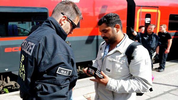 Avusturya sınırlarını sığınmacılara kapattı - Sputnik Türkiye