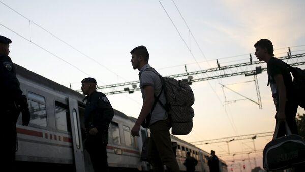 sığınmacı, mülteci, tren - Sputnik Türkiye