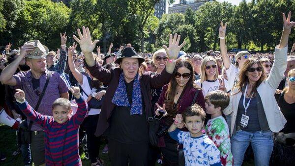 Central Park'ta John Lennon için rekor denemesi - Sputnik Türkiye