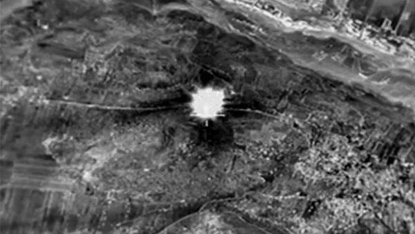 Rus hava güçlerinin Suriye'deki saldırıları - Sputnik Türkiye