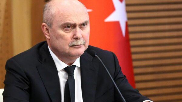 Dışişleri Bakanı Feridun Sinirlioğlu - Sputnik Türkiye