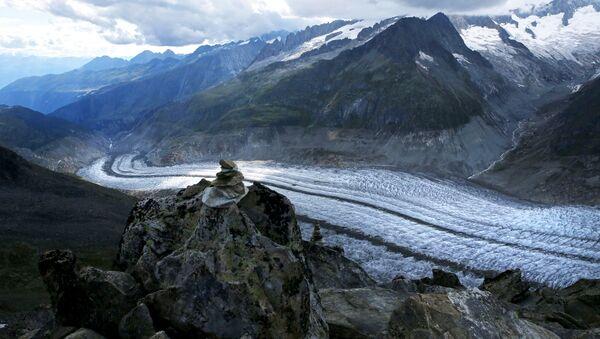 Alpler'deki Aletsch Buzulu - Sputnik Türkiye