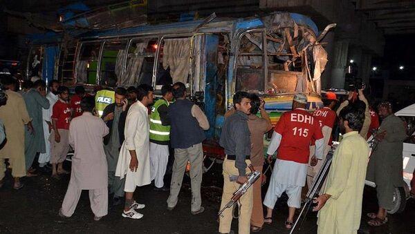 Pakistan'da otobüse bombalı saldırı - Sputnik Türkiye