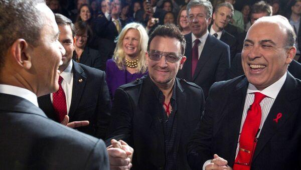 ABD Başkanı Barack Obama- Coca-Cola CEO'su Muhtar Kent - Sputnik Türkiye