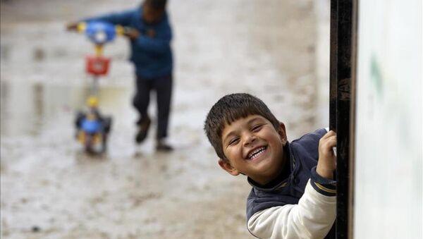 Lübnan'daki Suriyeli sığınmacıların kış çilesi - Sputnik Türkiye