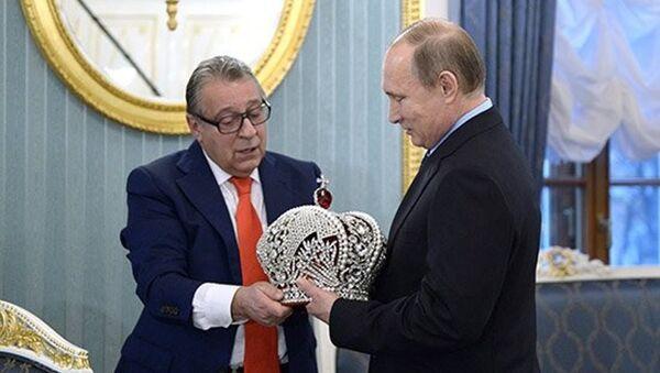 Putin imparatorluk tacını giymeyi reddetti - Sputnik Türkiye