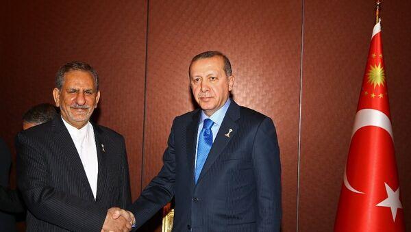 İran Cumhurbaşkanı Birinci Yardımcısı İshak Cihangiri ve Cumhurbaşkanı Recep Tayyip Erdoğan - Sputnik Türkiye