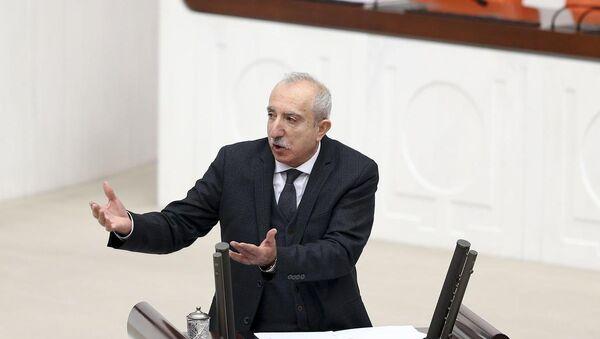 AK Parti Mardin Milletvekili Orhan Miroğlu, TBMM Genel Kurul çalışmalarına katılarak bir konuşma yaptı. - Sputnik Türkiye