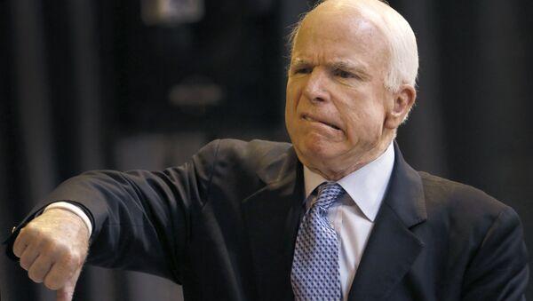 ABD'li Senatör John McCain - Sputnik Türkiye