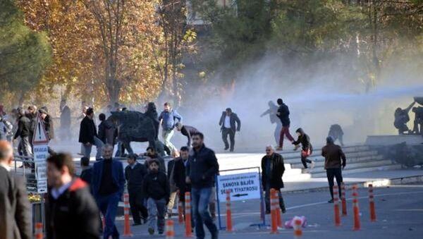 Diyarbakır'da olaylar çıktı - Sputnik Türkiye