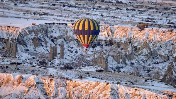 Kapadokya'da eksi 16 derecede balon keyfi - Sputnik Türkiye