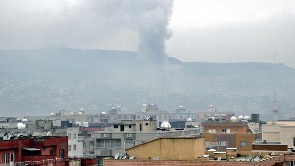 Cizre'de 2 kardeş vurularak öldürüldü. - Sputnik Türkiye