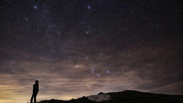Meteor - Yıldız - Gökyüzü - Sputnik Türkiye