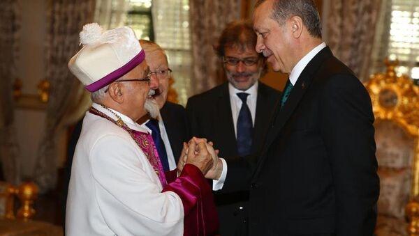 Cumhurbaşkanı Recep Tayyip Erdoğan, Türkiye Musevi cemaatinin temsilcilerini Mabeyn Köşkü'nde kabul etti. - Sputnik Türkiye
