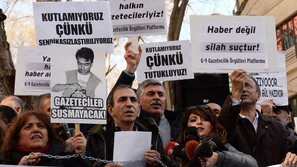 10 Ocak Çalışan Gazeteciler Günü eylem - Sputnik Türkiye