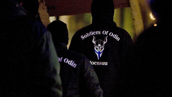 Finlandiya'da ırkçı Odin'in Askerleri grubu - Sputnik Türkiye