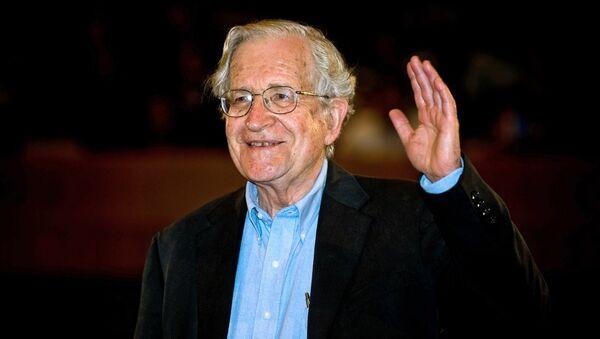 Noam Chomsky - Sputnik Türkiye