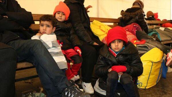 Norveç 13 sığınmacıyı sınır dışı etti - Sputnik Türkiye