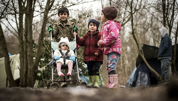 Avrupa'daki sığınmacı çocuklar - Sputnik Türkiye