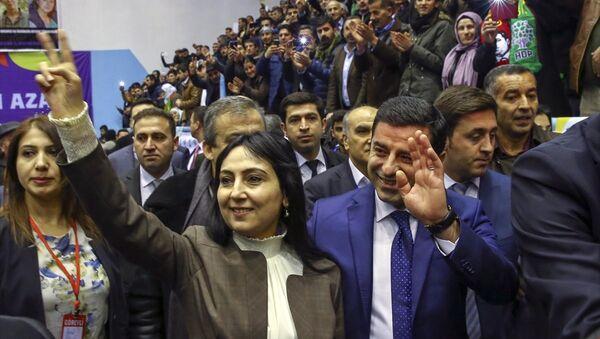 HDP 2. Olağan Genel Kurulu / Figen Yüksekdağ-Selahattin Demirtaş - Sputnik Türkiye