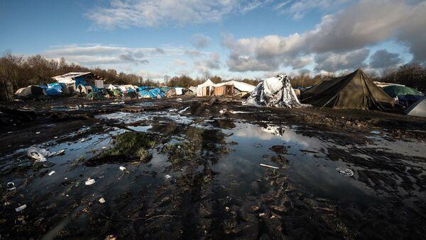 Dunkirk sığınmacı kampı - Calais - Sputnik Türkiye