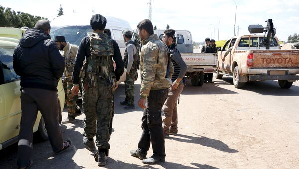 İdlib'de El Nusra militanları - Sputnik Türkiye