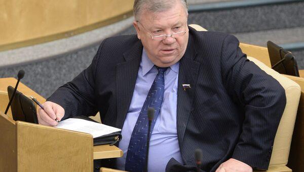 Rusya Devlet Duması Savunma Komitesi Başkanı Vladimir Komoyedov - Sputnik Türkiye
