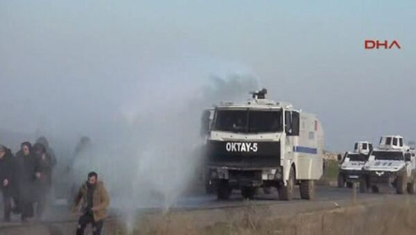 Nusaybin'den Cizre'ye yürümek isteyen gruba müdahale - Sputnik Türkiye