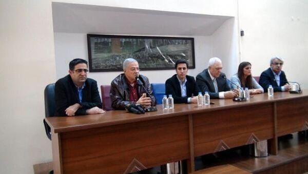 Cizre'ye gitmek isteyen HDP milletvekillerine izin verilmedi. - Sputnik Türkiye