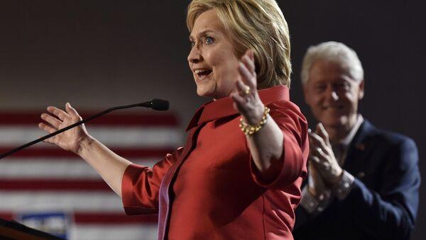 Hillary Clinton- Bill Clinton - Sputnik Türkiye