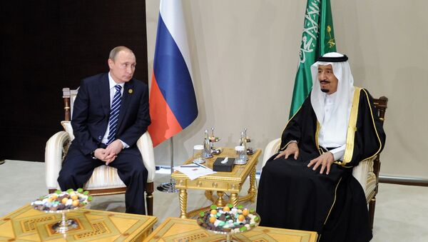 Rusya Devlet Başkanı Vladimir Putin - Suudi Arabistan Kralı Selman bin Abdülaziz el Suud - Sputnik Türkiye